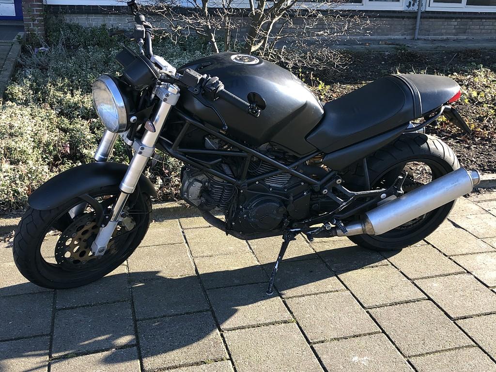 1999 Ducati Monster 600 motor te huur (1)