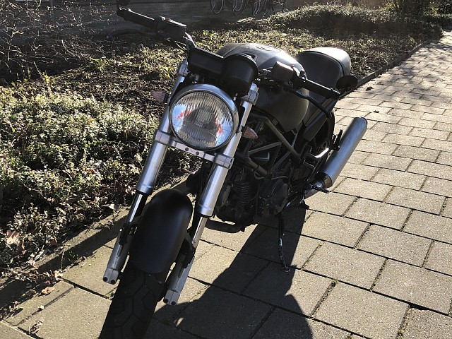 1999 Ducati Monster 600 motor te huur (2)