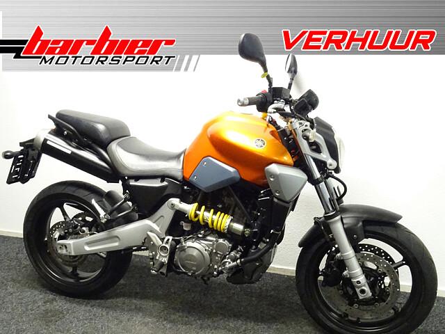 2007 Yamaha MT03 motor te huur (1)