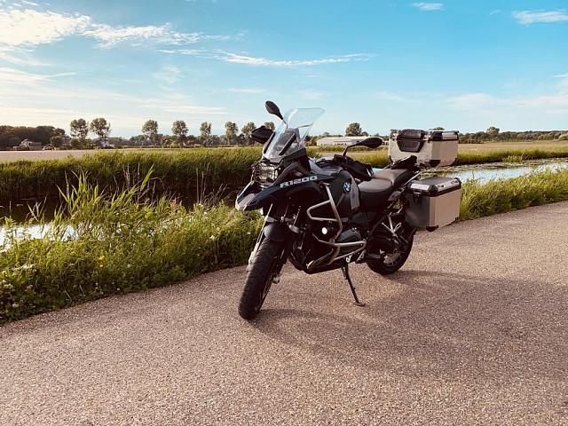 2015 BMW R 1200 GS Adventure motor te huur (2)