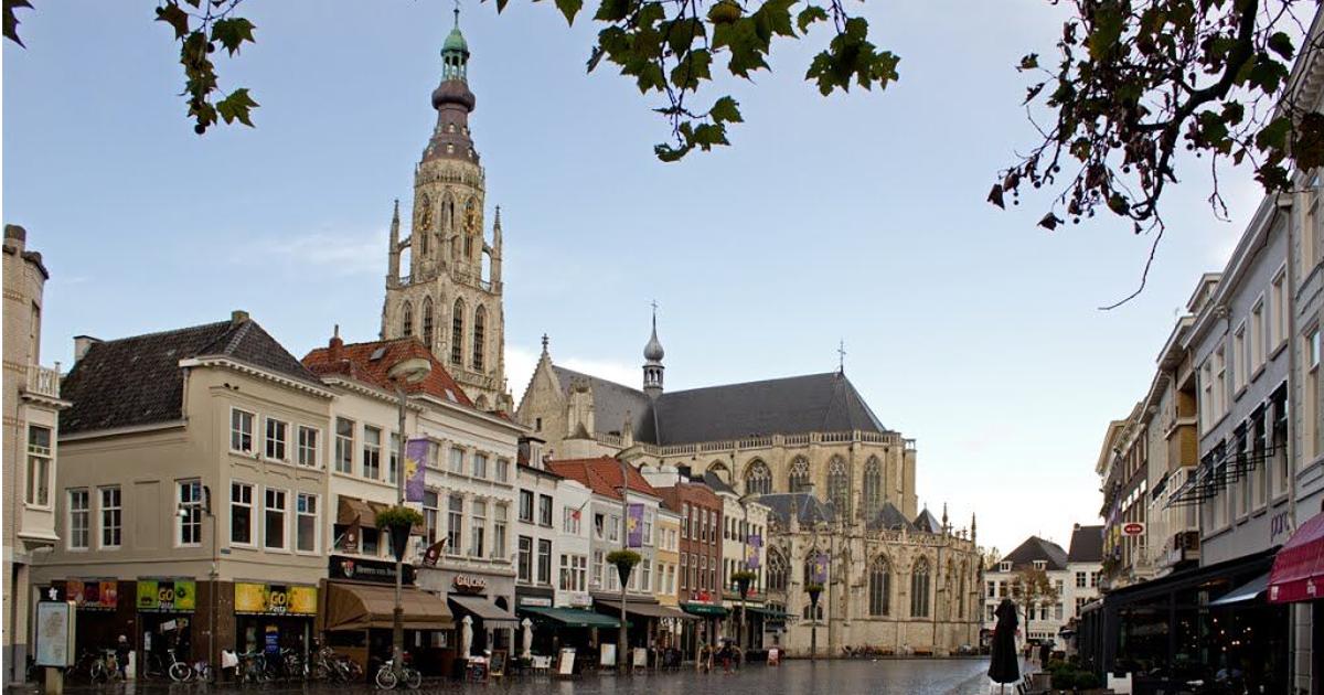 Een motor huren in Breda