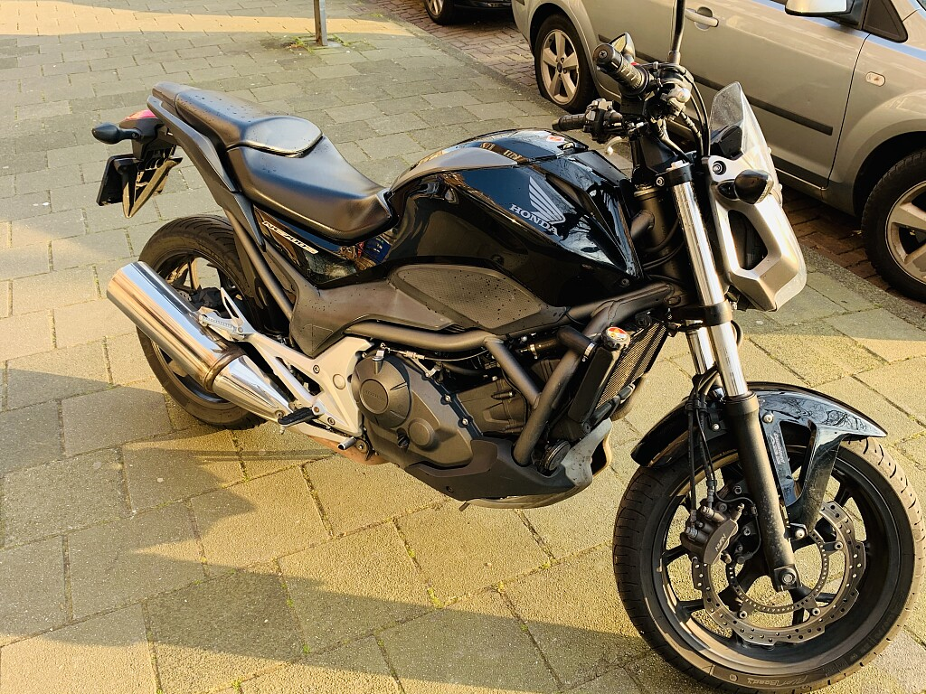 2012 Honda NC 700 motor te huur (1)