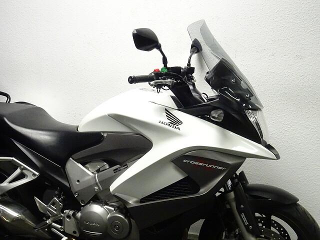 2011 Honda VFR 800 X Crossrunner motor te huur (4)