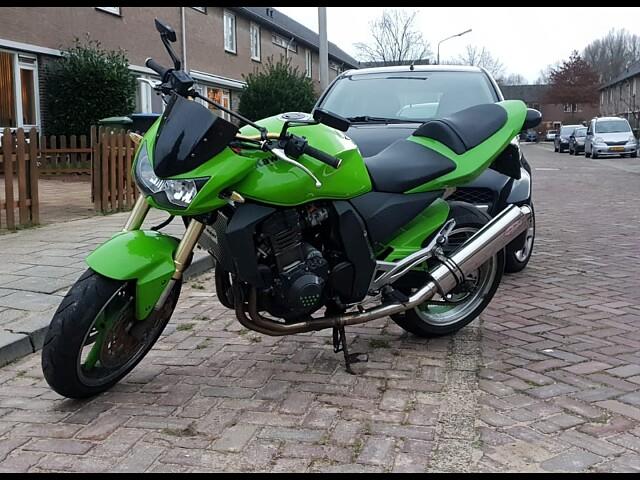 2003 Kawasaki Z1000 motor te huur (3)