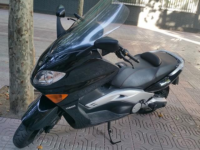 2006 YAMAHA T-Max 500 moto en alquiler (2)