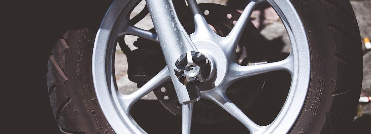 Motorband: BRAVOK veiligheid checks