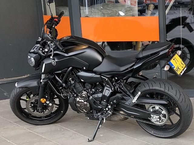 2019 Yamaha MT 07 motor te huur (3)
