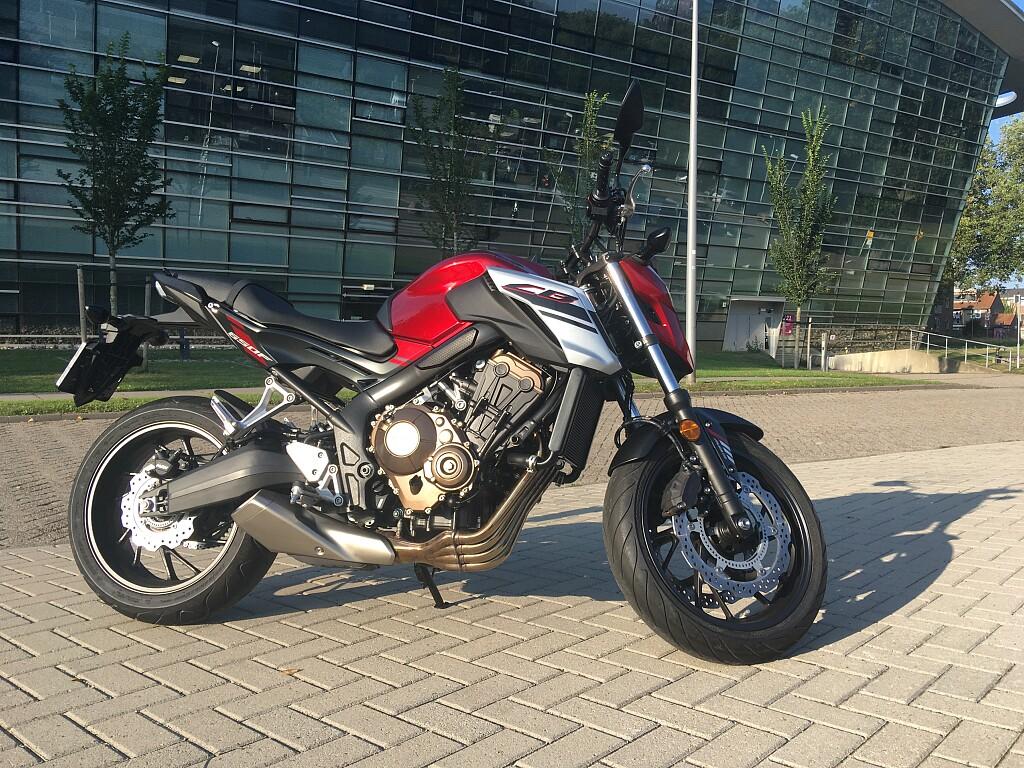 2018 Honda CB650F motor te huur (1)
