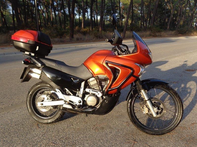 2005 HONDA Transalp XL 650 V moto en alquiler (1)