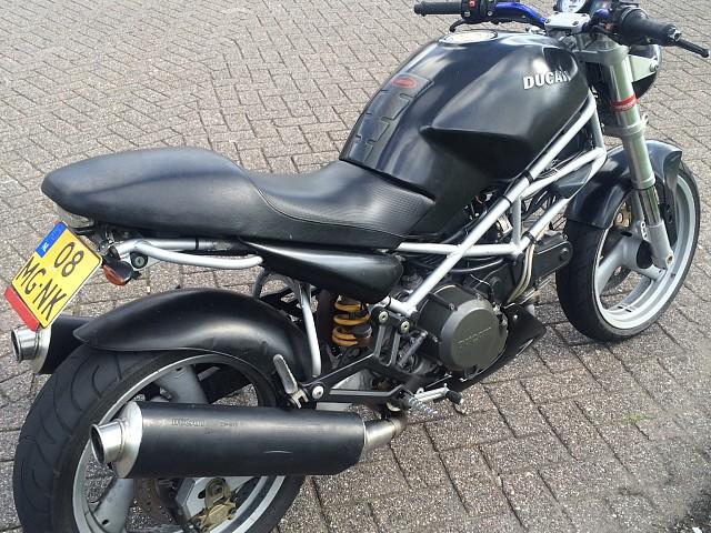 2000 Ducati Monster 600 motor te huur (3)