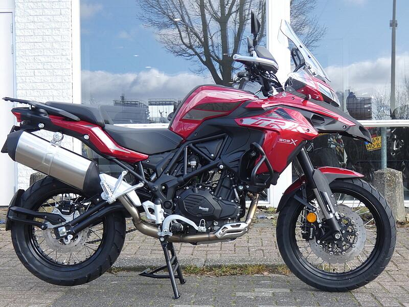 2020 BENELLI TRK 502 X motor te huur (1)