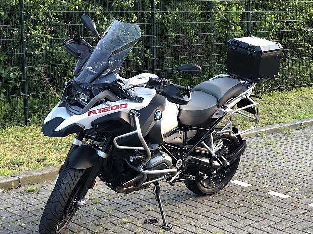 2017 BMW R 1200 GS Adventure motor te huur (1)