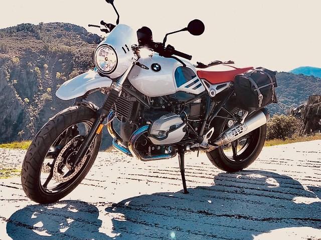 2019 BMW R NineT moto en alquiler (1)