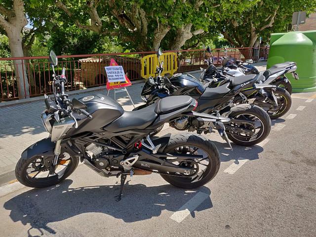 2018 HONDA CB 125 R moto en alquiler (3)