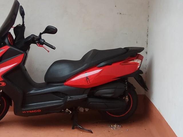 2009 KYMCO Super Dink moto en alquiler (1)