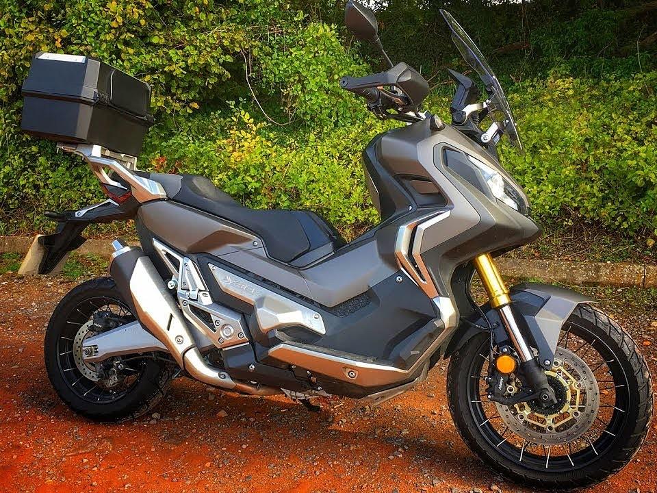 2017 HONDA X-ADV moto en alquiler (1)