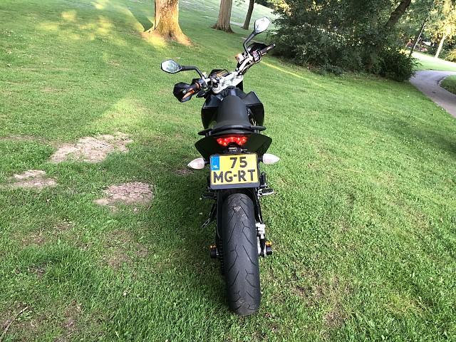 2009 KTM Duke 690 motor te huur (3)